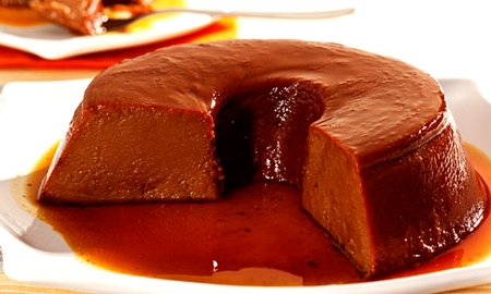 Pudim cremoso de chocolate